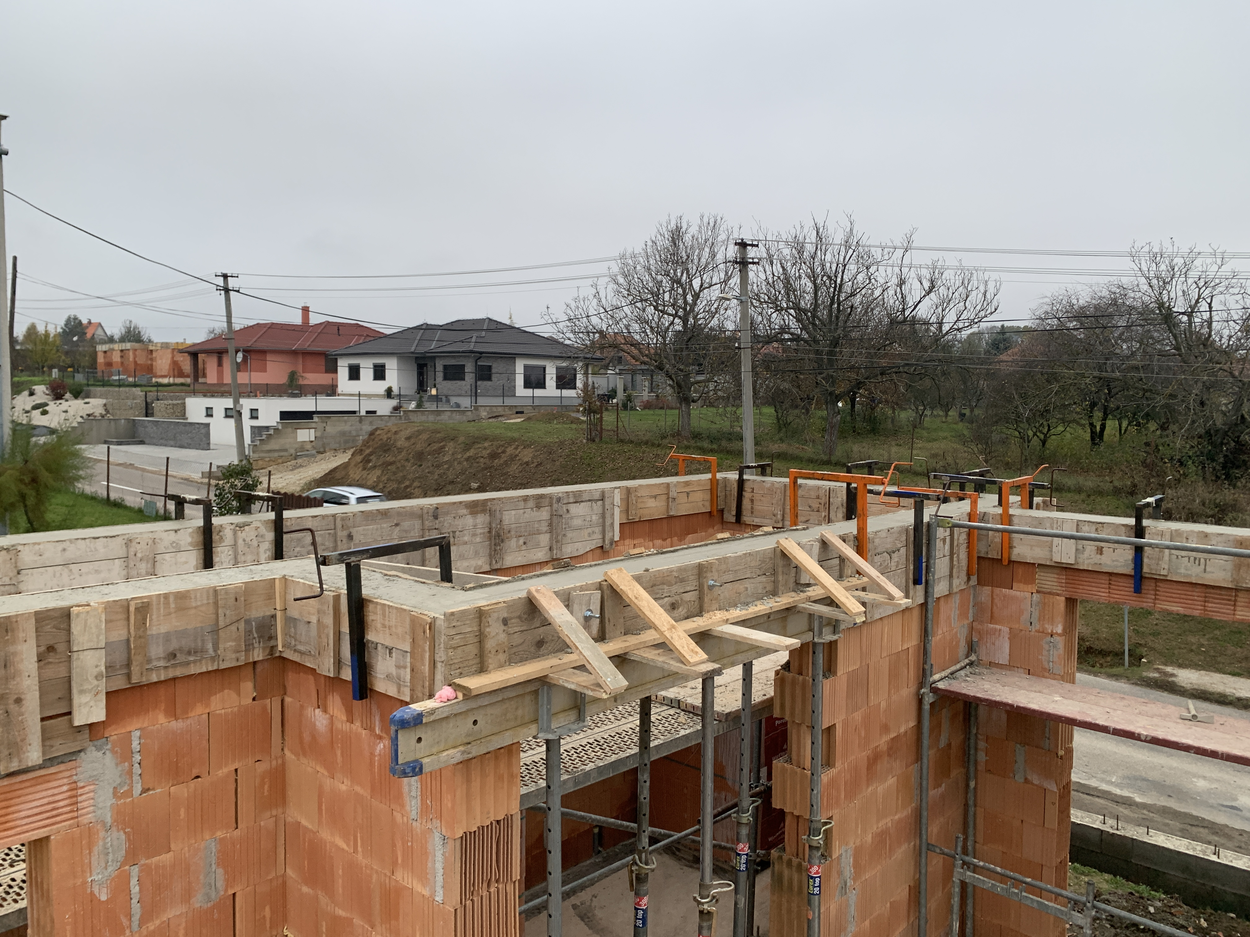 Stavba holodomu Sľažany
